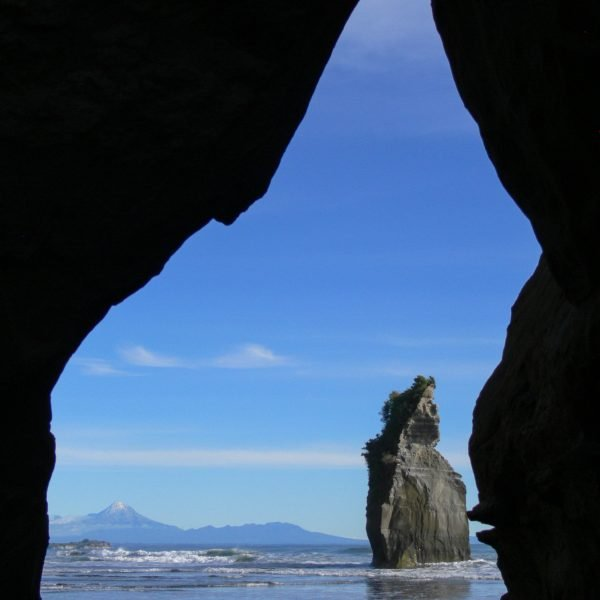 New Plymouth Travel Guide: Everything You Must See and Do!