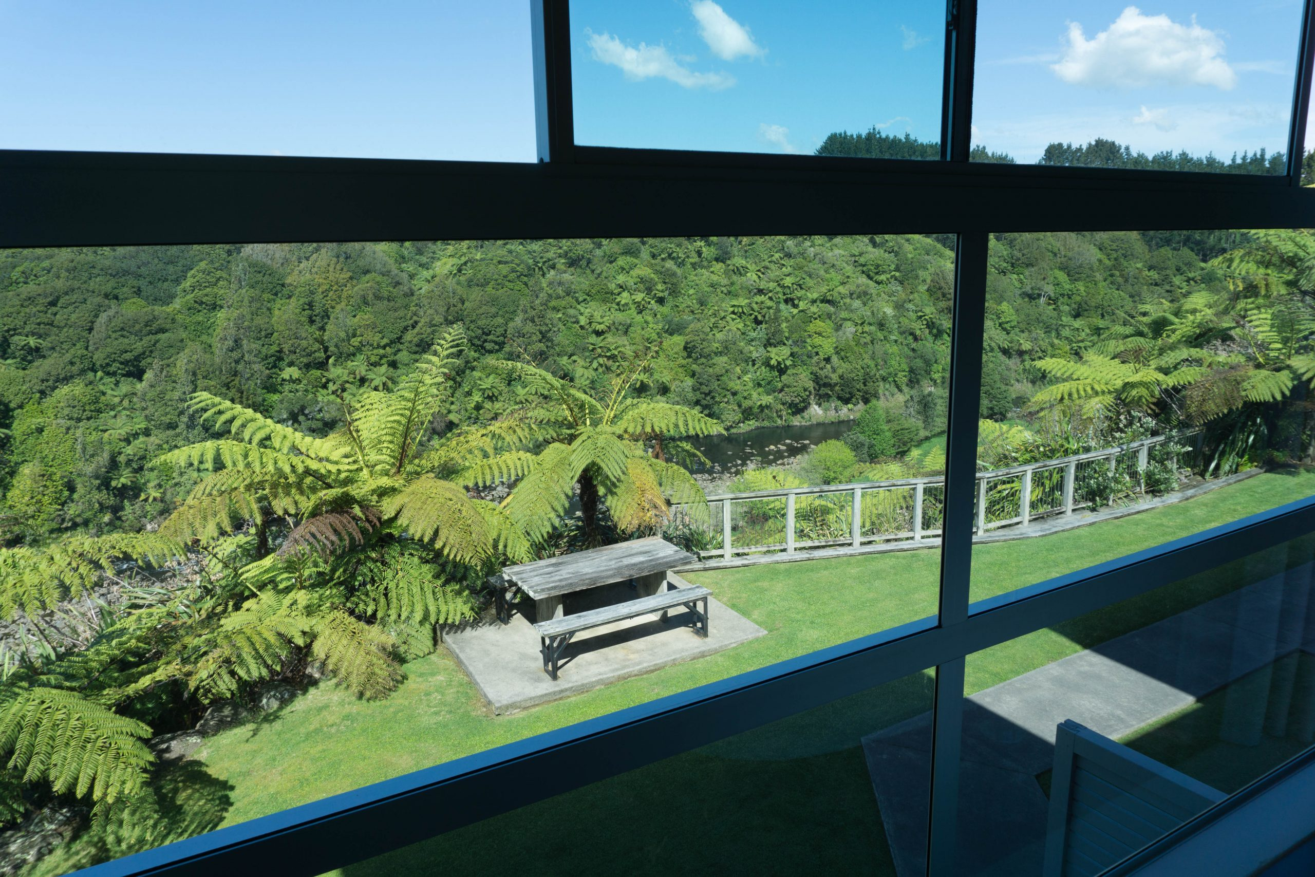 One Burgess Hill hotel room views in New Plymouth