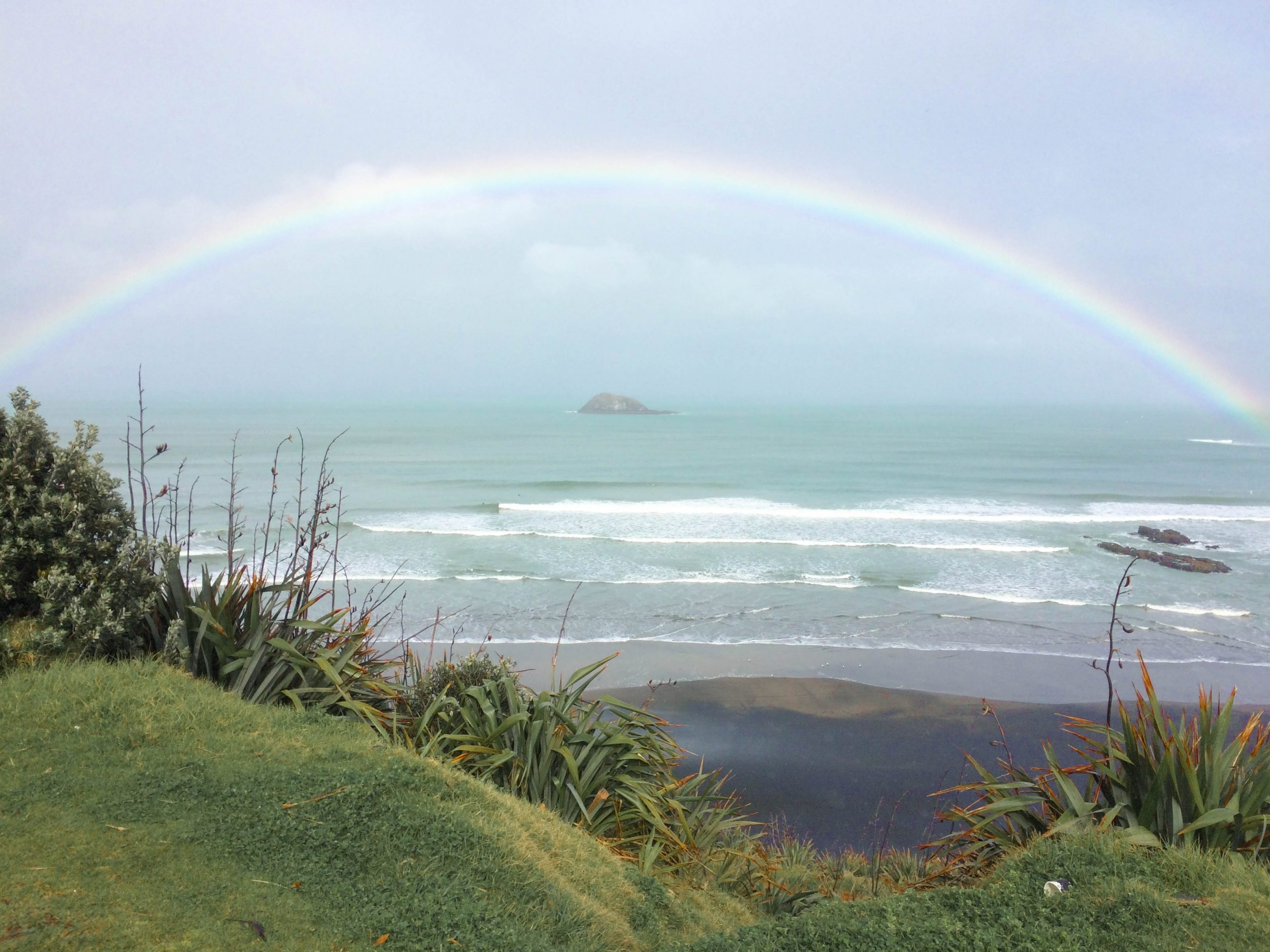 Muriwai Beach rainbow